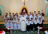 Giáo xứ Thủ Lựu: 25 em Thiếu nhi Rước Lễ Lần Đầu