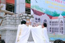 Gx. Song Vĩnh: Mừng lễ Thánh Antôn - Bổn mạng giáo xứ và làm phép viên đá xây dựng nhà mục vụ