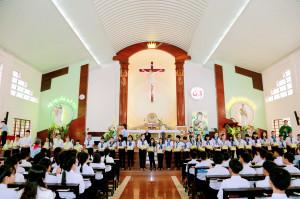 Tin Ảnh: Gx. Chu Hải: Thánh lễ Tuyên hứa Bao Đồng và tổng kết năm học giáo lý 2018-2019