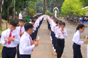 Tin ảnh: Gx. Song Vĩnh: 132 thiếu nhi rước lễ lần đầu