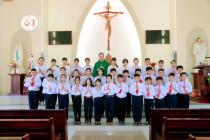 Tin Ảnh: Gx. Phước Hải: Thánh lễ ban Bí tích Thánh Thể lần đầu và Tuyên hứa Bao Đồng