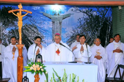 Tin Ảnh: Tượng đài Chúa Kitô Vua – Tao Phùng: Hành hương ngày thứ Sáu đầu tháng 09.2019