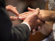 Hôn nhân Kitô hữu: Yêu là ký kết với đau khổ
