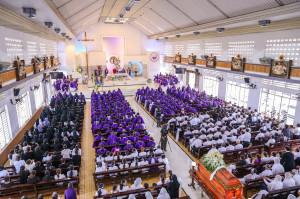 Tin Ảnh: Thánh lễ an táng ông Cố GIOAKIM ĐỖ VĂN TIẾN