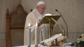 Đức Thánh Cha: Chăm sóc người già và trẻ em là sống văn hoá hy vọng