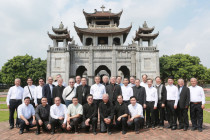 Phái đoàn Tổng Giáo phận Sài Gòn đến chào Đức Tân Tổng Giám mục Giuse Nguyễn Năng