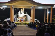 Tin Ảnh: Gx. Vinh Trung: Thánh lễ cầu nguyện cho các tín hữu đã qua đời