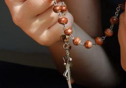 Hai lỗi phổ biến nhất của người cầu nguyện bằng kinh Mân côi