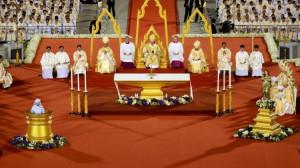 Phóng sự: Giáo dân Việt Nam tham dự thánh lễ với Đức Thánh Cha tại SVĐ Thái Lan lúc 18h00 ngày 21/11/2019