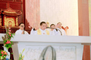 Gx. Nam Đồng: Chào đón vị mục tử mới: Cha Giuse Trần Hữu Tuyến
