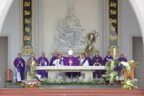 GP. Bà Rịa: Thánh lễ cầu nguyện cho các vị mục tử trong giáo phận đã qua đời