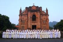 Tuần Tĩnh Tâm Thường Niênđầu tiên của linh mục đoàn tân Giáo phận Hà Tĩnh