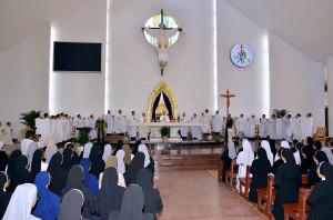 Tin ảnh: Đền Thánh Đức Mẹ Bãi Dâu: Thánh lễ đầu tháng 12.2019- Tôn kính Mẹ Maria