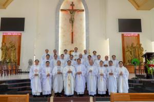 Tin Ảnh: Gx. Láng Cát: Thánh lễ tạ ơn mừng hồng ân 15 năm linh mục
