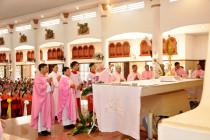Gx. Hòa Xuân: Chầu Thánh Thể thay Giáo phận 2019