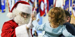 Chúng ta có nên khuyến khích con cái chúng ta tin vào Ông Già Noel?