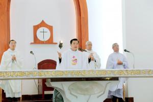 Tin Ảnh: Gx. Phước Lâm: Tân linh mục Vinhsơn Vũ Ngọc Thật dâng thánh lễ tạ ơn