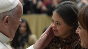 ĐTC Phanxicô: Đón tiếp một người là thể hiện tình yêu Thiên Chúa dành cho họ