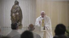 Đức Thánh Cha: Ai nói yêu mến Chúa mà không yêu tha nhân là kẻ nói dối