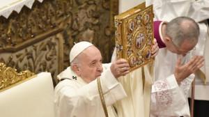 Tông sắc Aperuit Illis của Đức Thánh Cha Phan-xi-cô thiết lập Ngày Chúa Nhật Lời Chúa