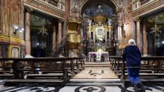 Tại sao đình chỉ việc cử hành Thánh Lễ giữa cơn đại dịch?