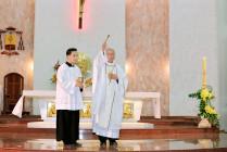 GP. Bà Rịa: Đức cha Emmanuel cử hành đại lễ Phục Sinh 2020