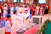 GHBL. Phước Hưng: Thánh lễ tạ ơn và Nghi thức làm phép viên đá đầu tiên xây dựng thánh đường