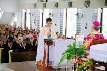 Gx. Bến Đá: Cha Augustinô Trần Thanh Hòa nhận nhiệm sở mới