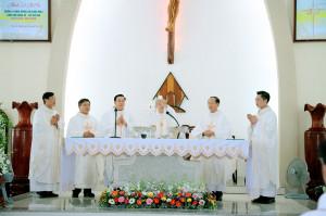 Gx. Phước Hải: Thánh lễ tạ ơn mừng hồng ân 5 năm Linh mục