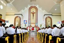 Tin Ảnh: Gx. Bình Châu: Thánh lễ ban Bí tích Thêm sức- Ngày 23.7.2020