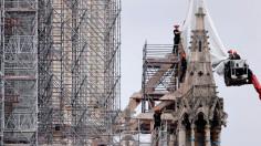 Nhà thờ Đức Bà Paris sẽ được tái thiết như trước