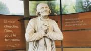 Đức Hồng y Quốc vụ khanh thăm đền thánh Ars