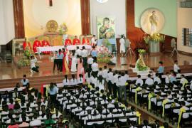 Tin ảnh: Gx. Chu Hải: Thánh lễ ban Bí tích Thêm Sức- Ngày 27.9.2020