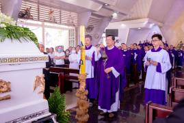 Gx. Hòa Hiệp: Thánh lễ An táng Bà cố Anna Nguyễn Thị Thường
