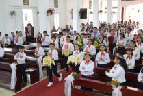 Gx. Đất Đỏ: 26 thiếu nhi đón rước Chúa lần đầu