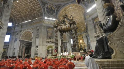 Đức Thánh Cha công bố tên 13 tân Hồng y