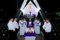 Gx. Vinh Châu: Thánh lễ cầu nguyện cho các linh hồn tại nghĩa trang Thai Nhi