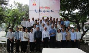 Ban Giảng huấn Học viện Công giáo họp mặt
