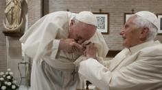 ĐTC Phanxicô và các tân Hồng y thăm Đức nguyên Giáo hoàng Biển Đức XVI