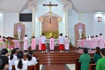 Gx. Long Tâm: Thánh lễ khai mạc ngày Chầu Thánh Thể thay Giáo phận