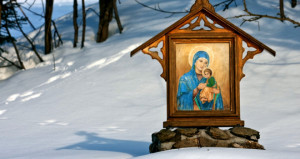 Noi gương Đức Trinh nữ Maria diễm phúc có thể dẫn chúng ta vào ân sủng