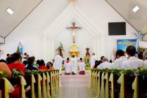 Tin ảnh: Gx. Hòa Phước: Chầu Thánh Thể thay Giáo phận 2021