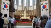 Mỗi tuần, nhà thờ chính tòa giáo phận Seoul phân phát 1.400 phần ăn cho người vô gia cư