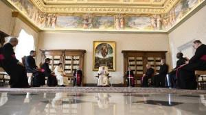 ĐTC Phanxicô: Thánh Kinh là nơi Thiên Chúa gặp gỡ con người