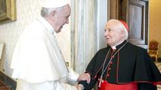 Đức Hồng y Tổng giám mục Valencia bán tác phẩm nghệ thuật giúp dân nghèo