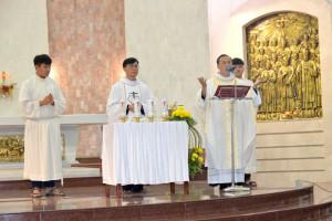 Gx. Chánh Tòa: Thánh lễ Dâng Chúa Giêsu trong Đền Thánh