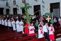 Tin Ảnh: Gx. Vinh Châu: Thánh lễ Lá – Khai mạc Tuần Thánh 2021