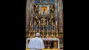 ĐTC Phanxicô đến đền thờ Đức Bà Cả cầu nguyện cho chuyến tông du Iraq