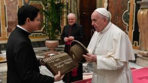 Đức Thánh Cha tiếp các thành viên của Học viện Philippines ở Roma