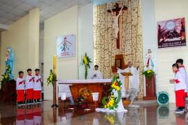Tin Ảnh: Gx. Sơn Hòa: Đức Cha Emmanuel dâng thánh lễ cầu nguyện cho giáo xứ